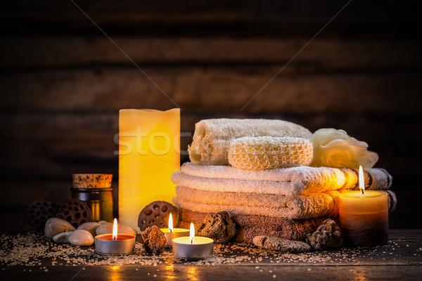 Leczenie uzdrowiskowe ciemne tabeli masażu relaks Świeca Zdjęcia stock © grafvision