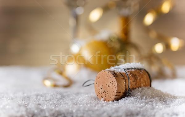 Foto stock: Champanhe · cortiça · neve · espaço · texto
