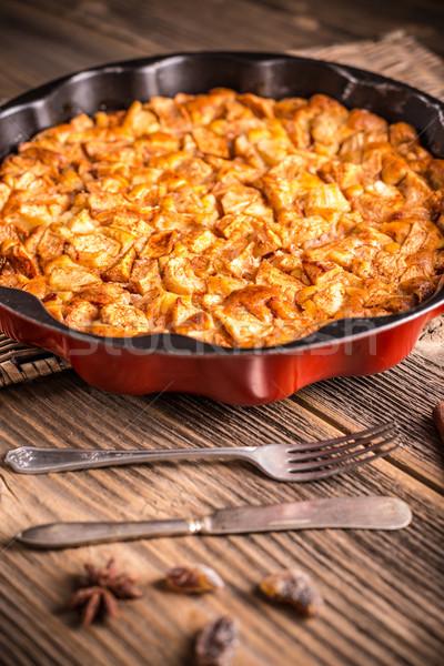 Almás pite házi készítésű desszert fém torta serpenyő Stock fotó © grafvision