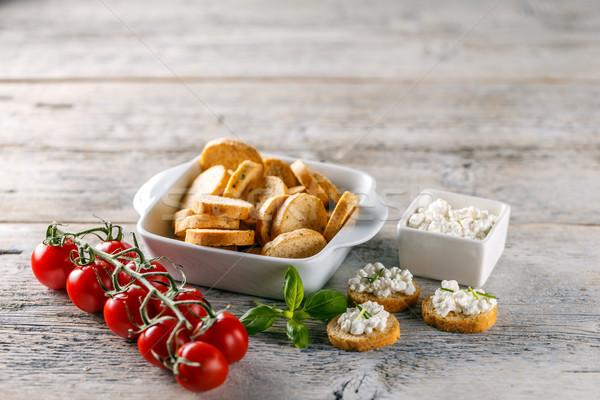 Bruschetta sandviçler süzme peynir ahşap gıda ekmek Stok fotoğraf © grafvision