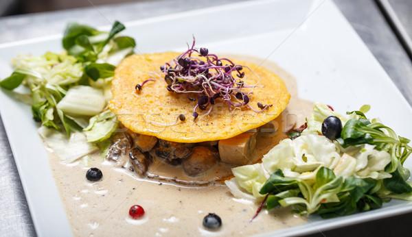 Foto stock: Delicioso · comida · vegetariana · setas · salsa · lechuga · huevo