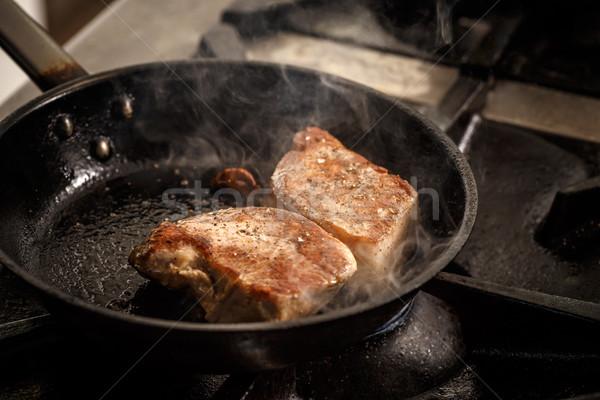 Juteuse grillés steak poêle alimentaire restaurant Photo stock © grafvision
