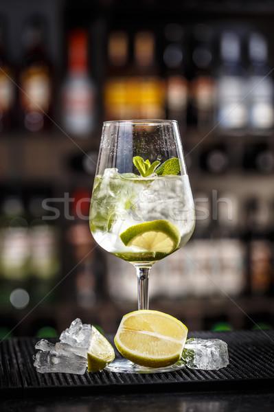 Mojito cocktail kalk mint water vruchten Stockfoto © grafvision