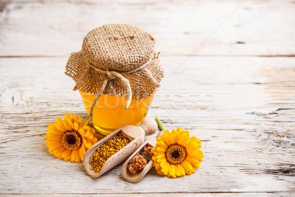 Honing stilleven propolis lepel bloem geneeskunde Stockfoto © grafvision
