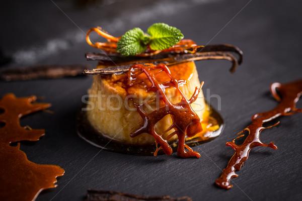 Foto stock: Baunilha · pudim · sobremesa · preto · creme · doce