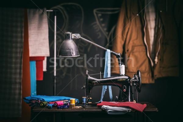 Stockfoto: Oude · naaimachine · kleermaker · workshop · doek · werk