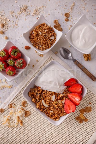 Tigela caseiro granola branco fundo trigo Foto stock © grafvision