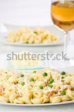 Tortellini zöldborsó konyha előkészített szalonna tészta Stock fotó © grafvision