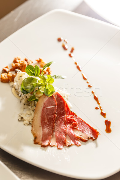 Füme kaz meme siyah turp salata Stok fotoğraf © grafvision