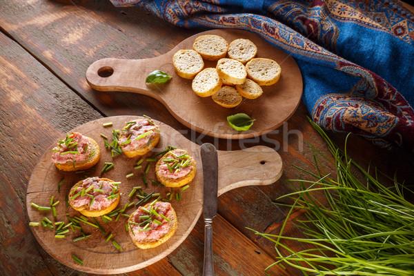 Bruschetta máj kolbász ízletes ujj étel Stock fotó © grafvision