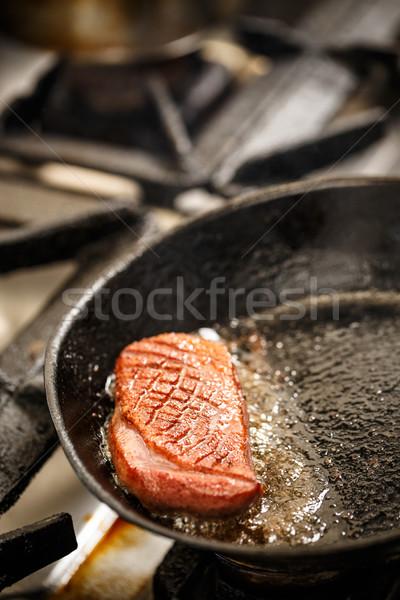 Liba mell pörkölt serpenyő étel étterem Stock fotó © grafvision