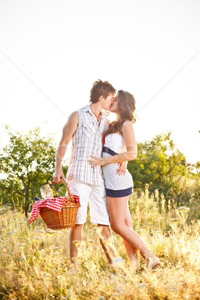 Foto stock: Besar · picnic · mujer · sonrisa · amor