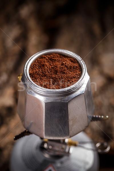 Oude koffiezetapparaat grond koffie achtergrond drinken Stockfoto © grafvision