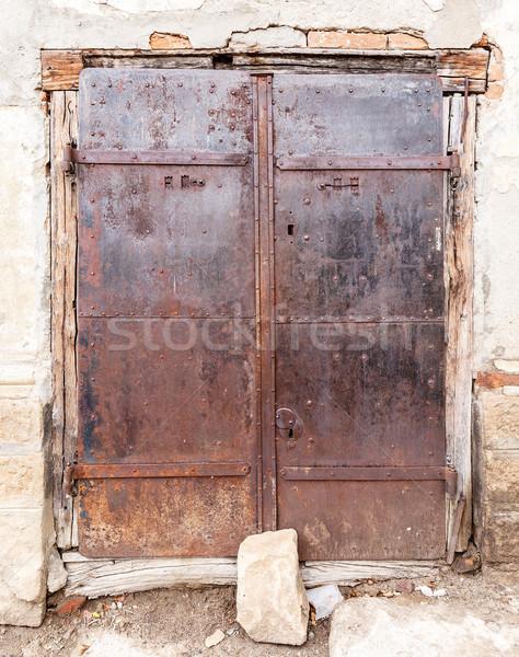 Starych metal zardzewiałe drzwi materiały Zdjęcia stock © grafvision