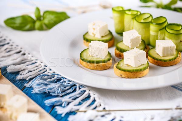 Mini kenyér szeletek vegetáriánus pirítós fetasajt Stock fotó © grafvision