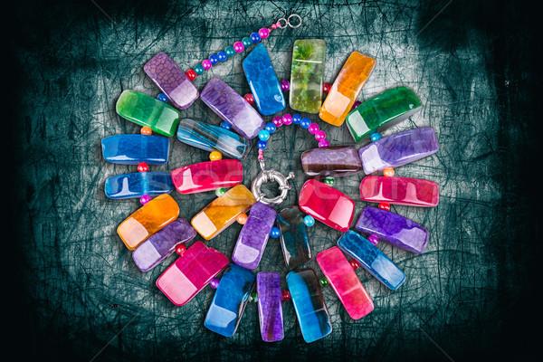 Kleurrijk stenen ketting beschadigd metaal achtergrond Stockfoto © grafvision