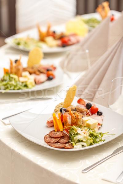 Voorgerechten geserveerd plaat bereid professionele chef Stockfoto © grafvision
