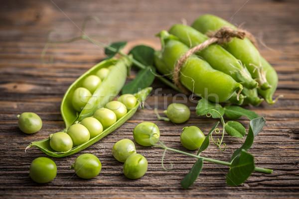 Friss zöld hüvely fából készült étel mezőgazdaság Stock fotó © grafvision
