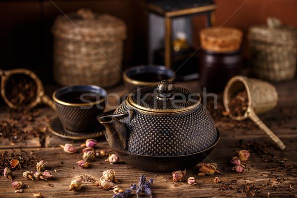 Negro hierro fundido tetera taza té Foto stock © grafvision