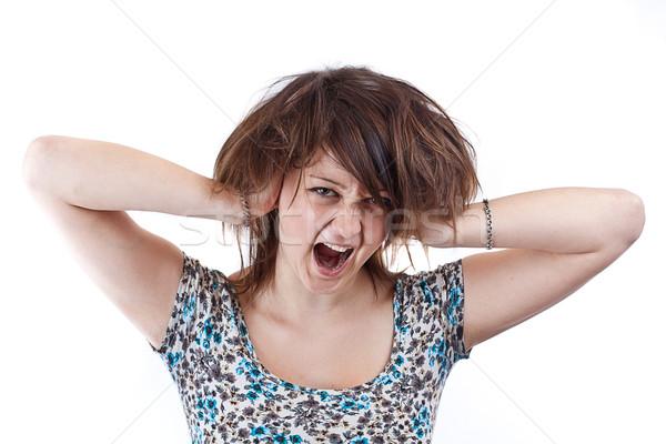 Француженка громко кричала смотрит порно дрочит