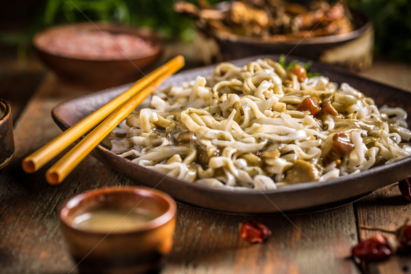 Сток-фото: тайский · служивший · ресторан · палочки · для · еды · китайский