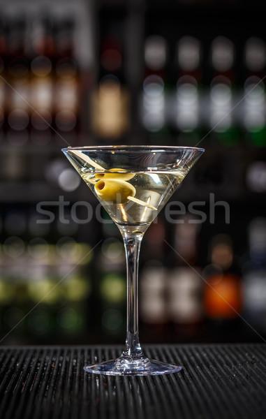 Martini cóctel verde aceitunas bar contra Foto stock © grafvision