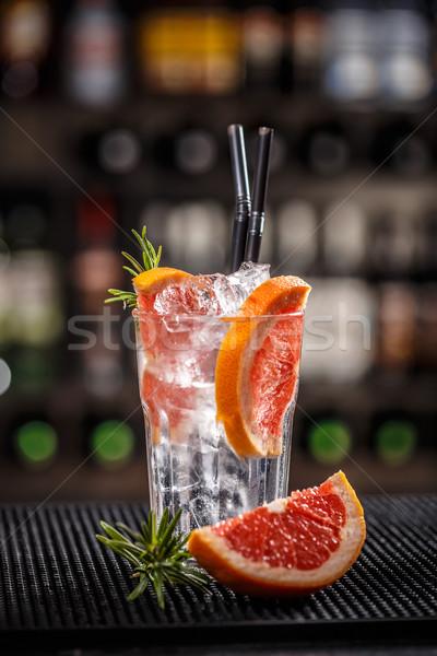 Koktél grapefruit dzsúz jégkocka vodka rozmaring Stock fotó © grafvision