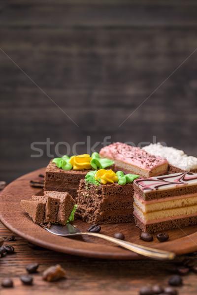 Mini bolos creme diferente festa chocolate Foto stock © grafvision