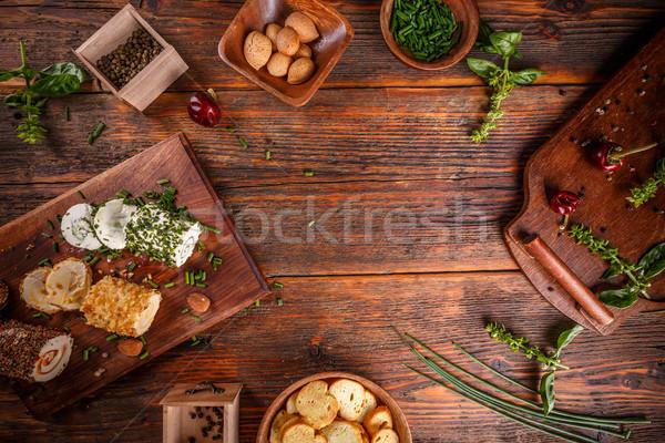 Mini queso aperitivos cubierto especias verde Foto stock © grafvision