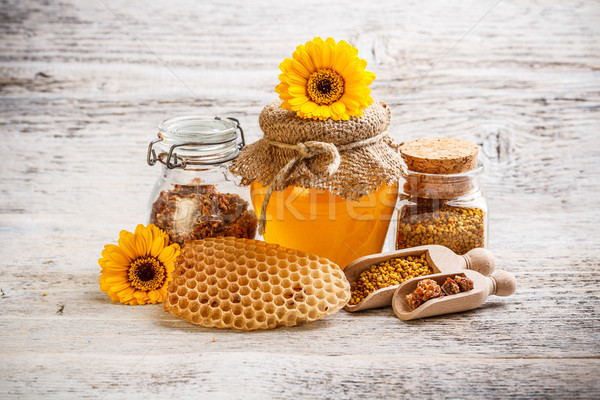 Honing stuifmeel propolis ingericht bloem voedsel Stockfoto © grafvision