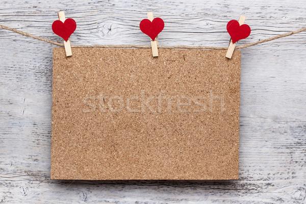 Placa de cortiça enforcamento corda coração fundo espaço Foto stock © grafvision