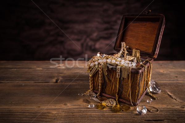 Gioielli legno finestra gioielli tesoro Foto d'archivio © grafvision
