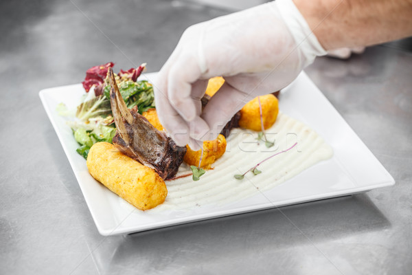 Lam geserveerd witte plaat keuken Stockfoto © grafvision