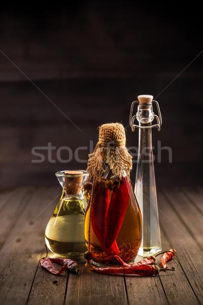Сток-фото: оливкового · масла · три · бутылок · стекла · нефть · красный