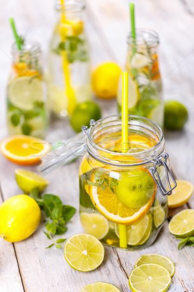 Cytrus lemoniada wody cytryny mięty Zdjęcia stock © grafvision