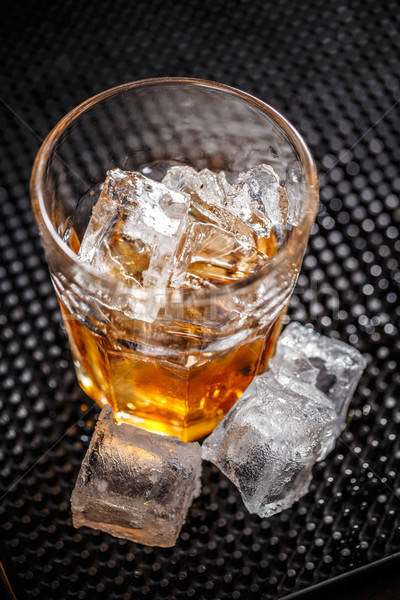 Foto stock: Vidrio · whisky · hielo · bar · beber