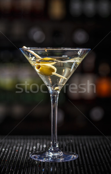 Martini cóctel verde aceitunas vidrio Foto stock © grafvision