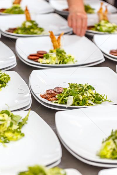 Előételek tányérok előkészített kereskedelmi konyha étel Stock fotó © grafvision