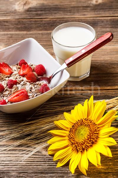 Stock fotó: Teljes · kiőrlésű · müzli · finom · egészséges · reggeli · gyümölcsök