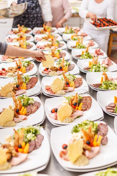 Cuoco antipasto lastre evento party cucina Foto d'archivio © grafvision