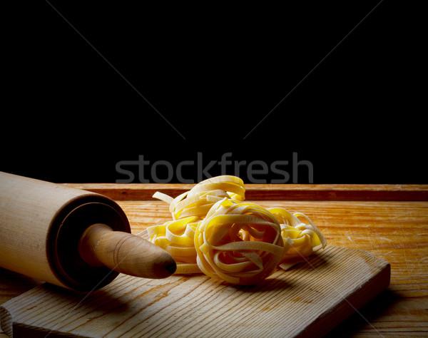 Vers eigengemaakt tagliatelle deegrol tabel gezondheid Stockfoto © grafvision