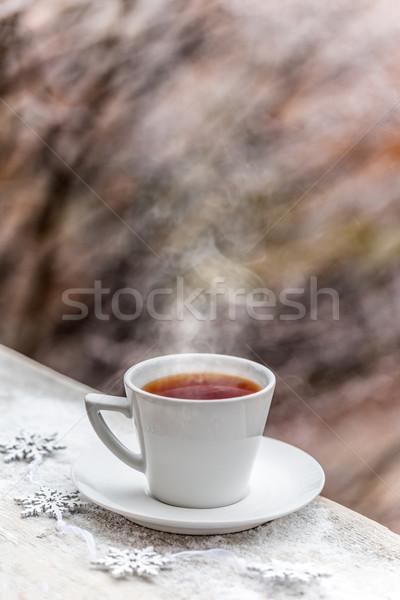Sıcak içecek beyaz kupa içmek çay kahvaltı Stok fotoğraf © grafvision