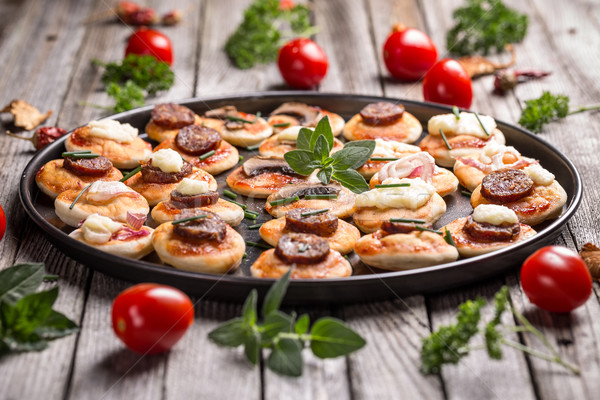 Pizza Snacks Sommer Party Essen Käse Stock foto © grafvision