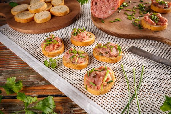 Baguette saucisse fraîches ciboulette pain viande Photo stock © grafvision