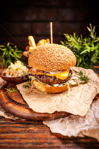 Cheese burger with grilled patty Stock photo © grafvision