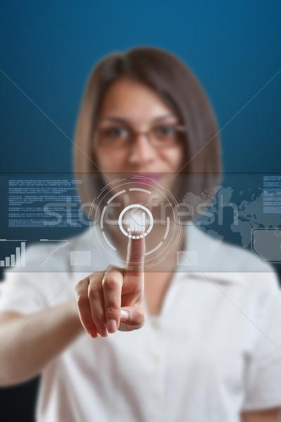 Alta tecnologia donna d'affari punta sensore schermo donna Foto d'archivio © grafvision