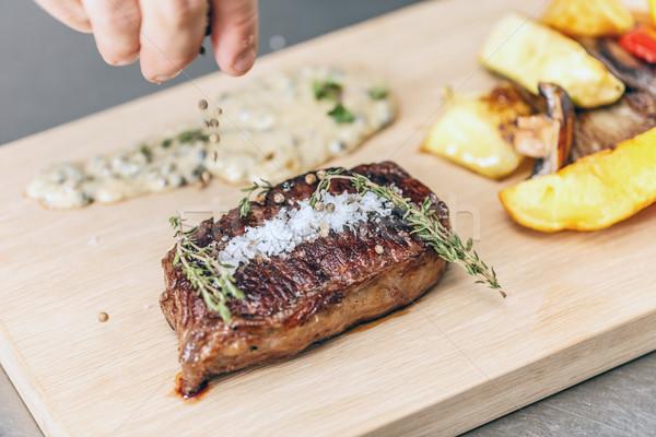 Etli biftek şef hizmet sebze yemek Stok fotoğraf © grafvision