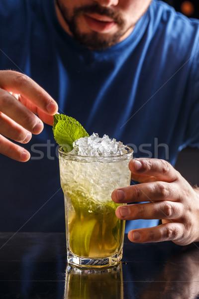 Mojito koktél ital csapos háttér étterem Stock fotó © grafvision