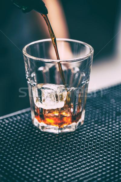 Barmen cam buz içmek gece Stok fotoğraf © grafvision