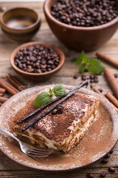 Eigengemaakt tiramisu traditioneel Italiaans dessert chocolade Stockfoto © grafvision